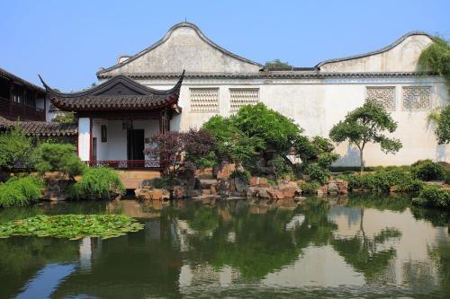 Suzhou or Hangzhou?